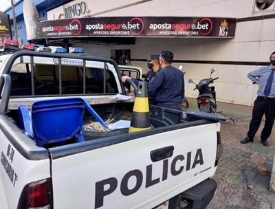 Intentan retirar máquinas del Bingo Guaraní por orden judicial