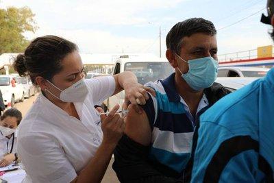 Gobierno paraguayo busca asegurar vacunas contra el coronavirus para el 2022