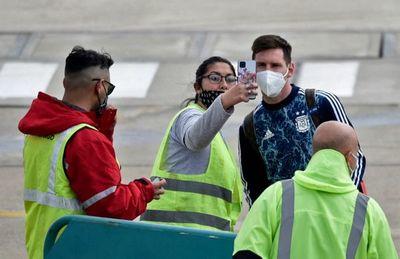¡Susto! Por esta razón Messi fue evacuado del aeropuerto en Rosario
