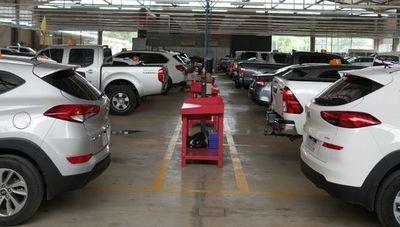 Mecauto: una empresa que comenzó como taller y hoy vende vehículos de alta gama