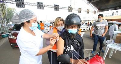 La Nación / Borba pide disculpas por el festejo al alcanzar 1 millón de vacunados