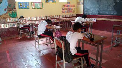 Con masiva vacunación de docentes buscan retorno a aulas tras receso
