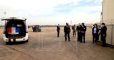 La Nación / Llegaron restos de Leidy Luna Villalba a su ciudad natal