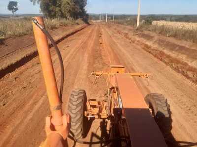 MOPC mejora 133 km de caminos vecinales de Caazapá