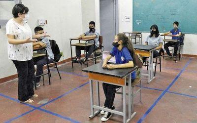 Gremios docentes también creen necesario el retorno a las aulas