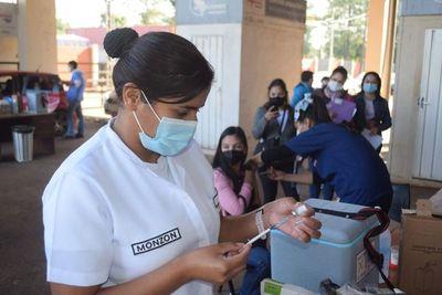 Feriado para vacunación: diputados esperan argumentos para justificar el pedido
