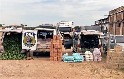 Aduanas incauta tres vehículos con mercaderías de contrabando