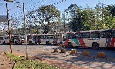 Transportistas piden que pasaje suba a Gs. 4.500