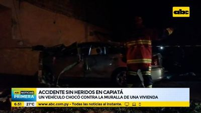 Vehículo chocó contra la muralla de una vivienda en Capiatá