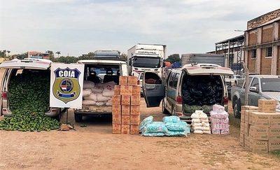 Incautan vehículos con mercaderías de contrabando