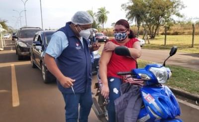 Alto Paraná mantiene promedio de más de 8 mil vacunados por día
