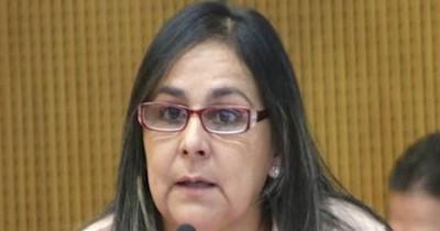 """La Nación / """"Le están defendiendo a delincuentes"""", dice senadora sobre el blanqueo a sus colegas"""