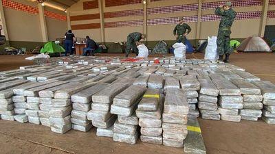 FTC incauta camioneta repleta de marihuana y armas en zona de Bella Vista Norte
