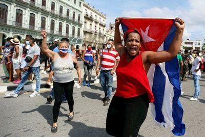 """Embajador paraguayo en Cuba califica de """"inéditas"""" las protestas en el país"""