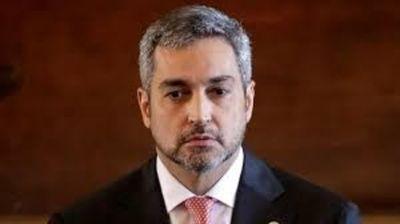 """""""Vacuna que llega, vacuna que se aplica"""", dijo Mario Abdo"""