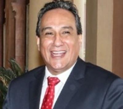 Colorados y un liberal impiden intervención de gestión de Hugo Javier