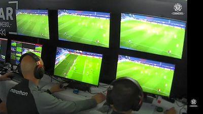 Conmebol reemplaza a los árbitros de la polémica