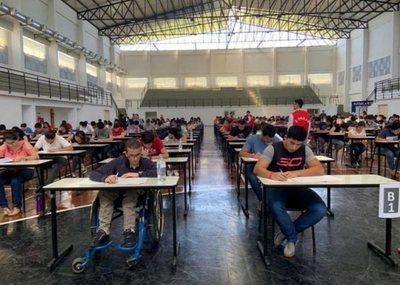 ¡Éxitos! Becarios paraguayos representarán a Taiwán en competencia de reprogramación