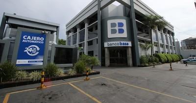 La Nación / Por tercera vez eligen a Banco Basa como el mejor del Paraguay