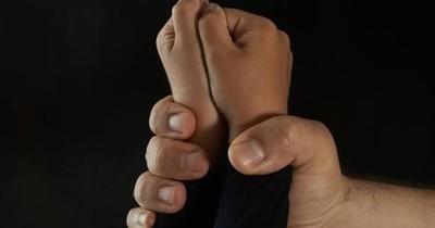 La Nación / Muere cura italiano condenado a 42 años de cárcel por violar niños sordos en Argentina