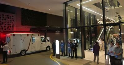 La Nación / Bolsonaro, internado en hospital de San Pablo para una posible cirugía