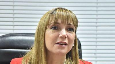 Piden desestimar caso contra la ministra Carla Bacigalupo