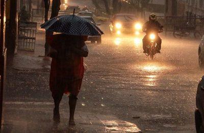 Lleva el paraguas: anuncian lluvias y tormentas eléctricas a nivel país