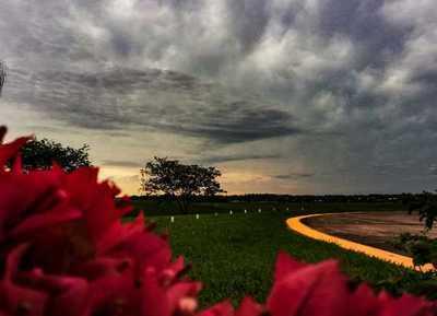 Lluvias persistirán hoy, según Meteorología
