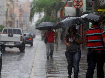 ¡A tomar precauciones! Jueves de lluvias y tormentas eléctricas a nivel país
