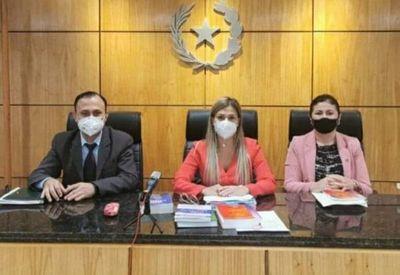 Tribunal de sentencia condena a pena máxima a abusador sexual de su hijastra
