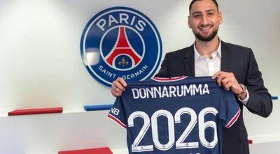 Donnarumma ficha por el PSG hasta 2026