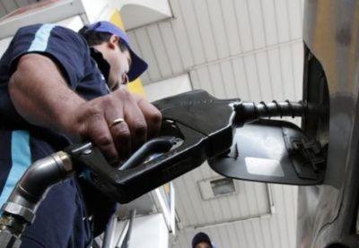 Combustibles suben  de G. 350 a 400 por litro