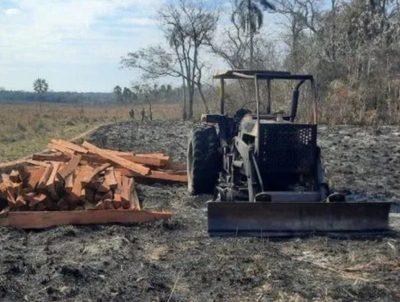 Paso Barreto: queman tractor y dejan panfleto · Radio Monumental 1080 AM