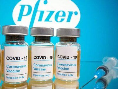 Hoy llega el primer lote de vacunas Pfizer compradas por el Estado · Radio Monumental 1080 AM