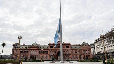 Argentina decreta 5 días de duelo tras alcanzar las 100.000 muertes a causa del covid-19