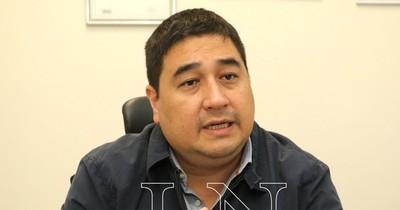 La Nación / Nakayama formaliza ante el TSJE su candidatura a la intendencia de Asunción