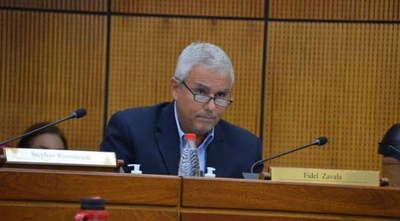 Escándalo en el Senado: Jueza admite demanda por filiación contra Fidel Zavala