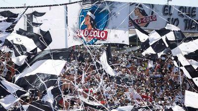 Fútbol chileno vuelve con público en los estadios