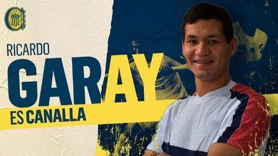 Rosario Central ficha al defensor paraguayo Ricardo Garay