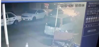 Hurtan vehículo cerca de vacunatorio en Presidente Franco