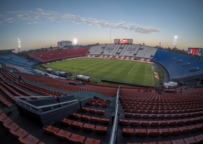 Desde la APF arman plan piloto para el retorno del público a los estadios