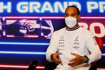En Silverstone, Hamilton necesita empezar a recortar a Verstappen
