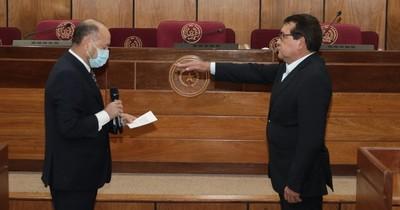 La Nación / Senado eligió a Pedro Santa Cruz para el Consejo de la Magistratura