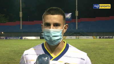 Ronald Roa, la figura del partido ante Independiente CG