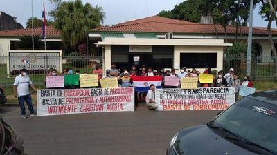 Pobladores de Abaí exigen que se auditen presuntas obras fantasmas