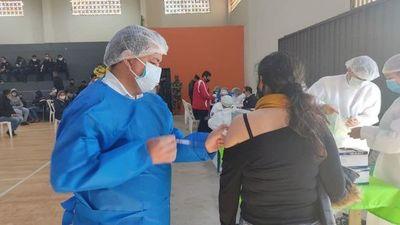 Habilitan nuevos vacunatorios sin terminación de cédula