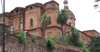 La Nación / Iglesia, víctima de malvivientes