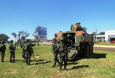 Brasil inicio operación militar en la frontera con el Paraguay