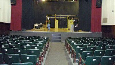 El histórico Teatro Latino sucumbe a  la pandemia