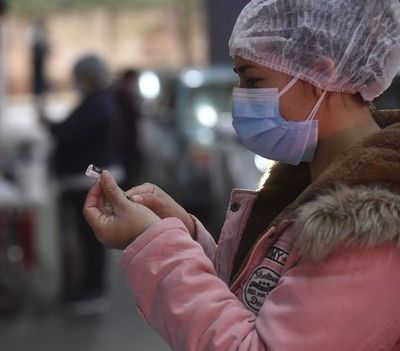 Llegan más vacunas, pero  todavía no compensa la necesidad del país